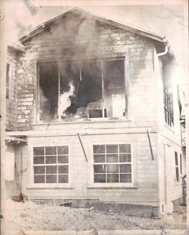 1979 Burned House 292 San Lorenzo Ave. Felton. Courtesy of Felton Fire District.
