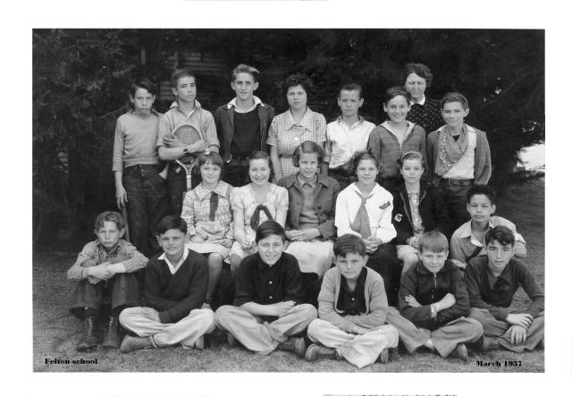 1937 Photo of Felton School kids, Courtesy of Howard Rugg Collection.