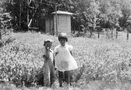 357 Noni McCullough Borden & bro Pat McCullough ca 1943 Zayante School Mrs Wise was teacher that year