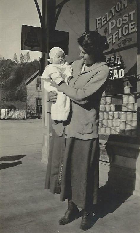 Felton Post Office, circa 1930's. Courtesy of Carol Harrington.