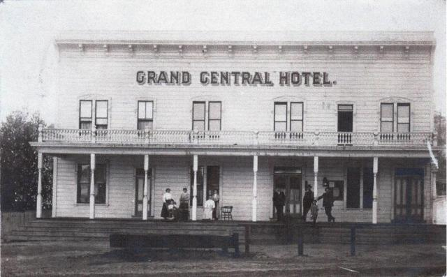 Felton's Grand Central Hotel. Courtesy of the Ronnie Trubek Collection.